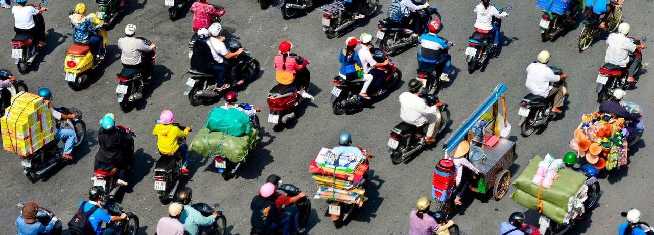 Traffic in Frenetic HCMC  - Rob Whitworth.jpg